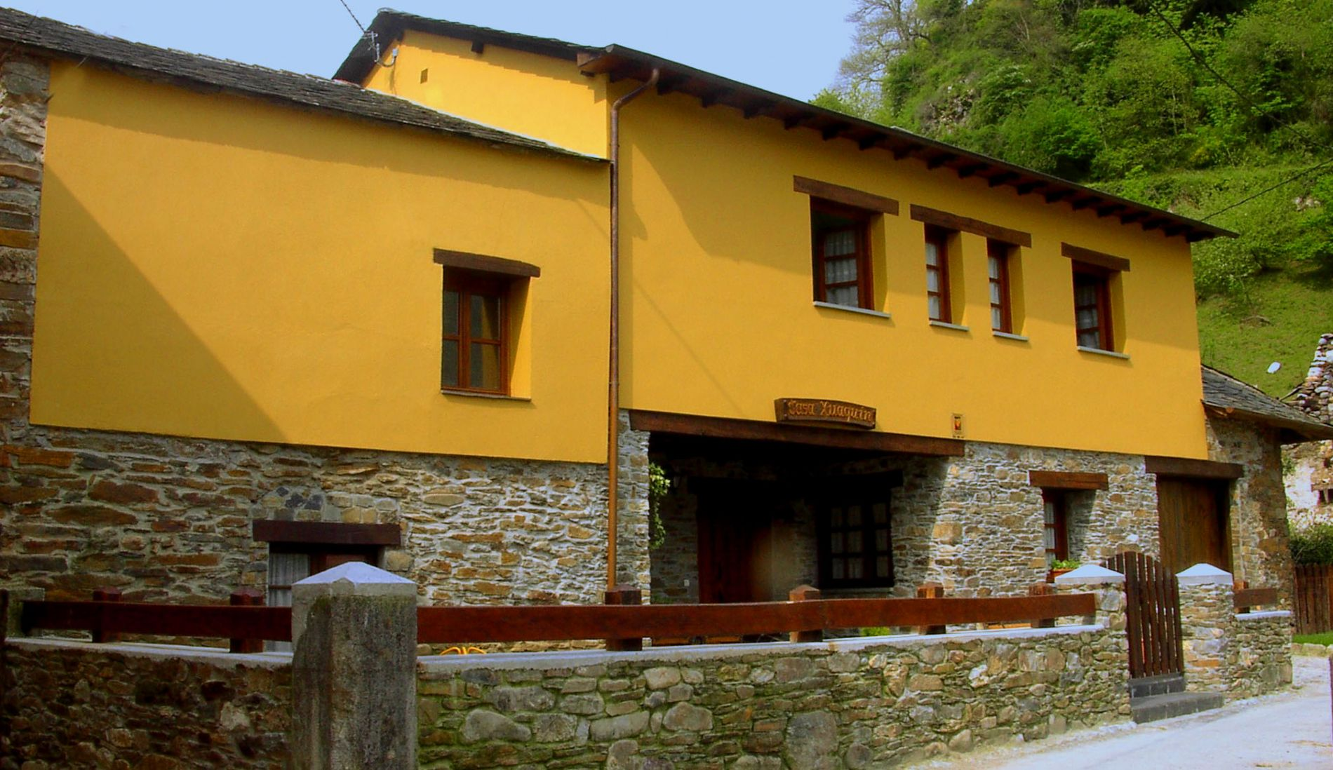 Rural house Casa Xuaquin